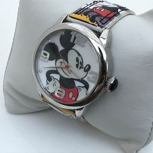 Disney Mickey Mouse Women Watch Analog Silver Case